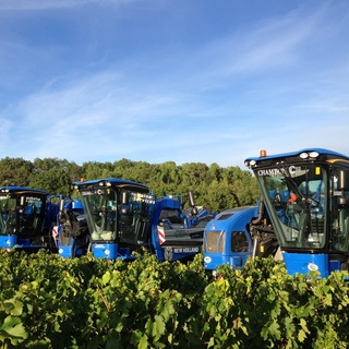MACHINES A VENDANGER NEW HOLLAND